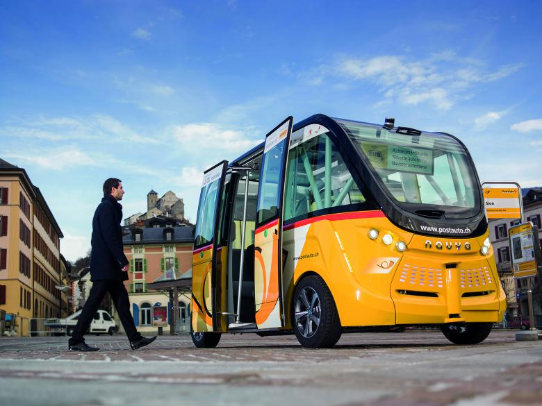 Self-driving shuttle operated by PostBus