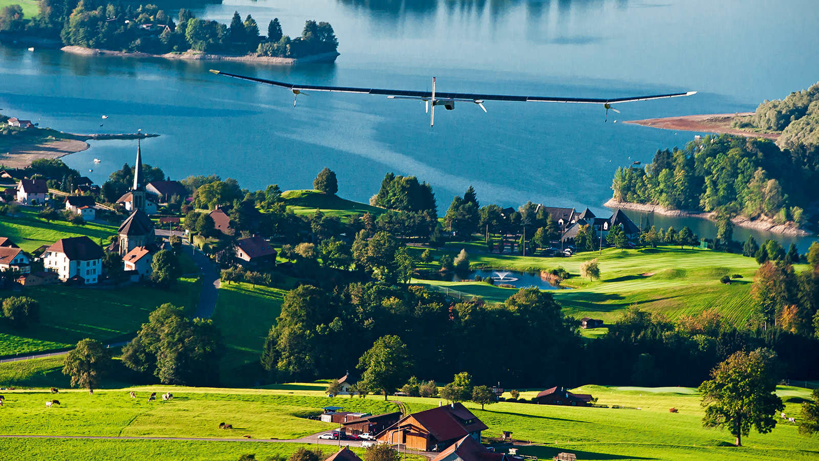 Solar Impulse flies over Switzerland