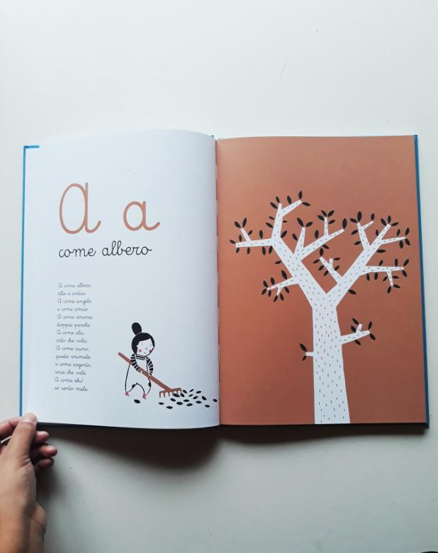 The alphabet in 26 nursery rhymes.A come... Grande alfabeto illustrato, Autor Roberto Piumini, Illustratorin: Paloma Canonica, © Marameo