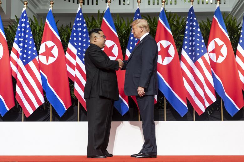 12 June 2018: historic summit meeting between Kim Jong Un (left) and Donald Trump in Singapore. Even the Spiez lab may have come up.