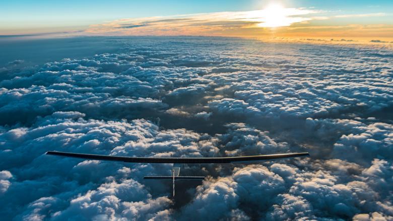 самолет SolarStratos, летающий на солнечной энергии