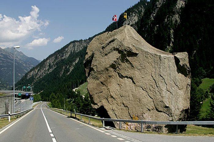 Teufelsstein © Roland Zumbühl, Wikimedia