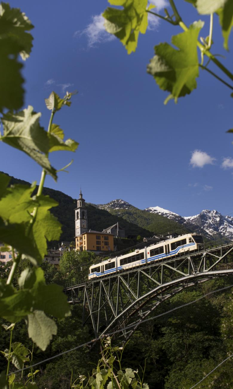 Centovalli Express, Intragna, Ticino. © Swiss Travel System AG