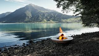 Feuerring in front of lake Zug